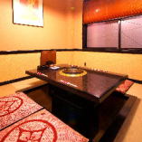 ◎掘りごたつの完全個室席(2〜5名様)◎和風の落ち着いたお席でゆったり寛げます!