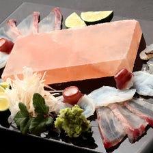 岩塩板で食べる白身お造り