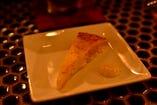 ジャガイモとチーズのスペイン風オムレツ