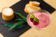 自家製チーズ豆腐とクリームチーズのカクテルのマリアージュ。