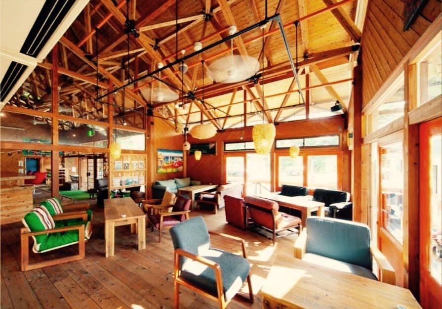 開放感たっぷり海辺のカフェ