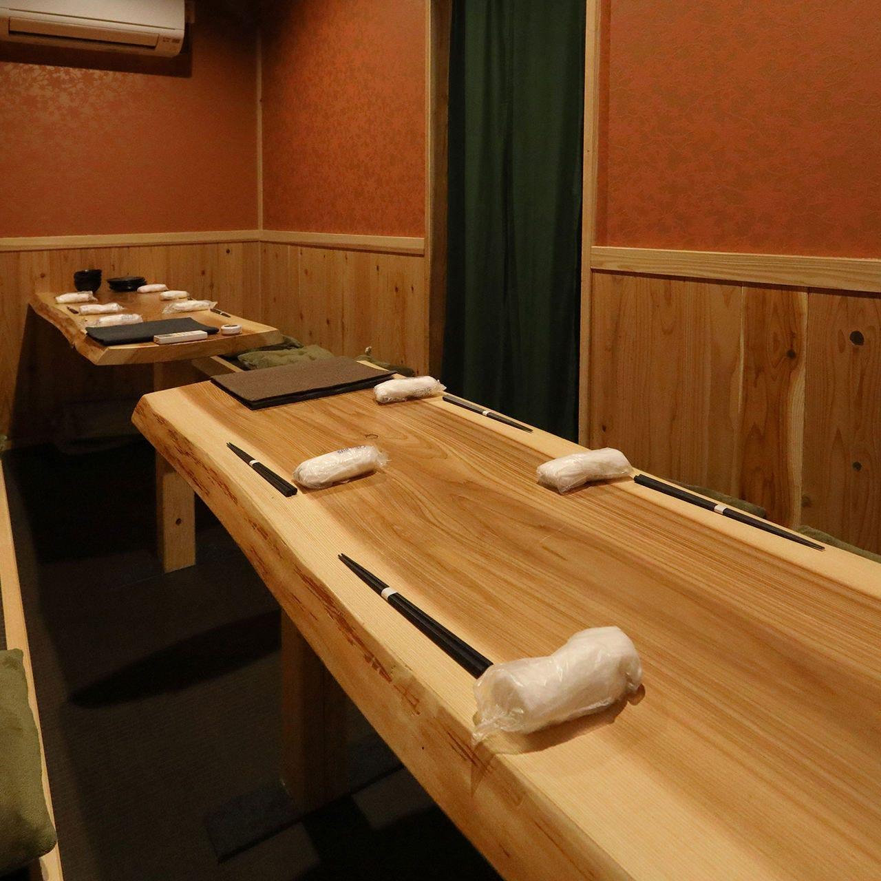 テーブル席・完全個室(壁・扉あり)・36名様まで
