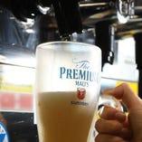 まずはビールで乾杯を!