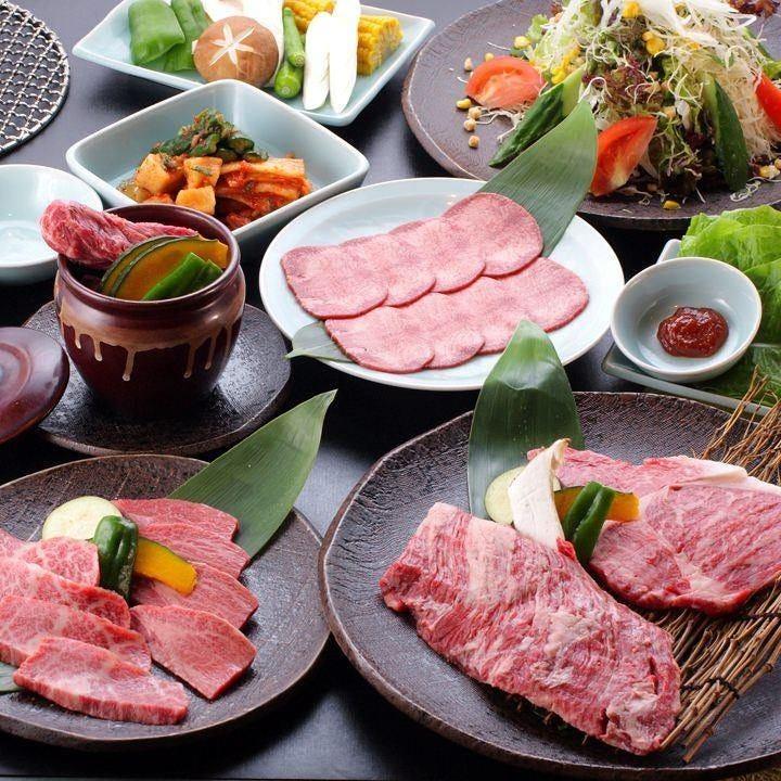 【お手頃サイズ】牛ステーキ2種と壺漬けカルビ付◎6種のお肉と野菜、自家製キムチを楽しむ『得旨コース』