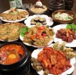 人気の韓国料理がたくさん♪