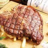 老舗『さの萬』の熟成肉Tボーンステーキ!【富士宮市】