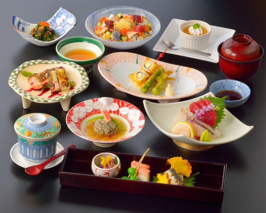[お食事のみ]『桔梗』正統派和食を愉しむ会席コース【4,840円(税サ込)】