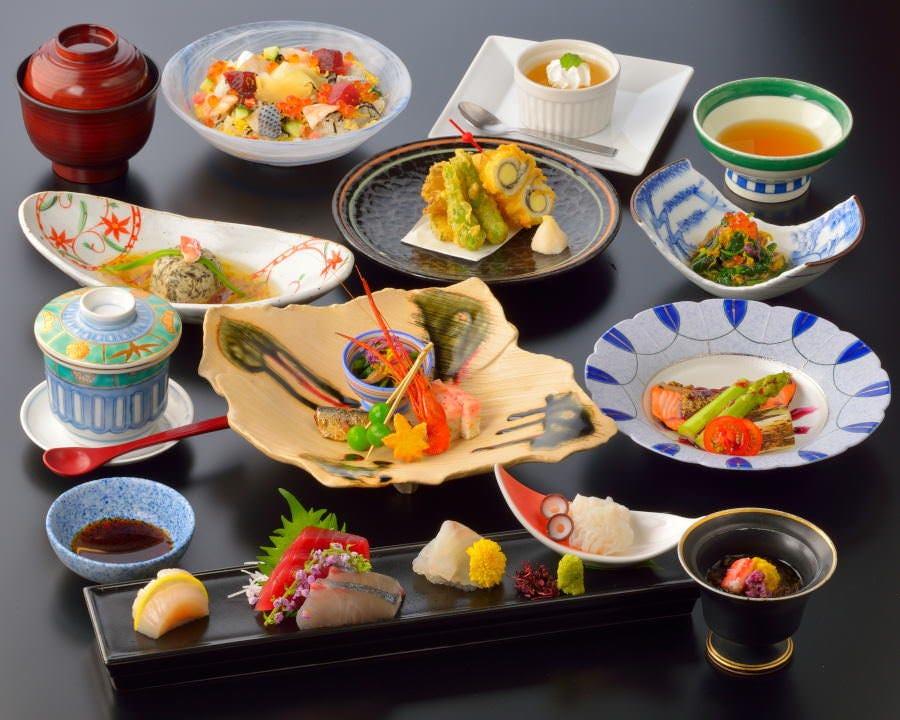 [お食事のみ]『楓』正統派和食を愉しむ会席コース【6,050円(税サ込)】