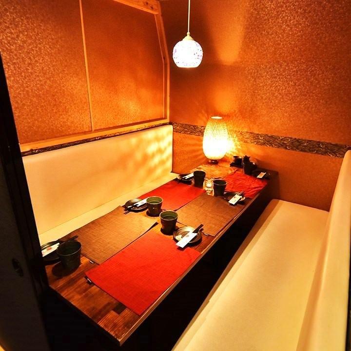 暖色が包む和個室と創作和食宴会