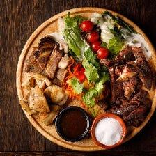 特製肉映えプレート【馬、鶏、牛、豚】