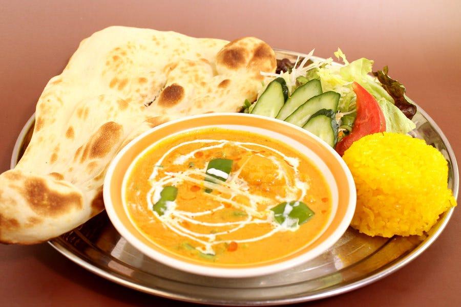 本格的な薬膳インド料理を堪能