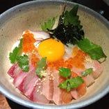ごん太海鮮丼