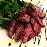 上州牛のお尻のお肉のタリアータ♪赤身なのに旨み濃い濃い♪