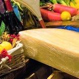 芳醇な香りが最高!ラクレットチーズ【チーズフォンデュやリゾットに変身♪】