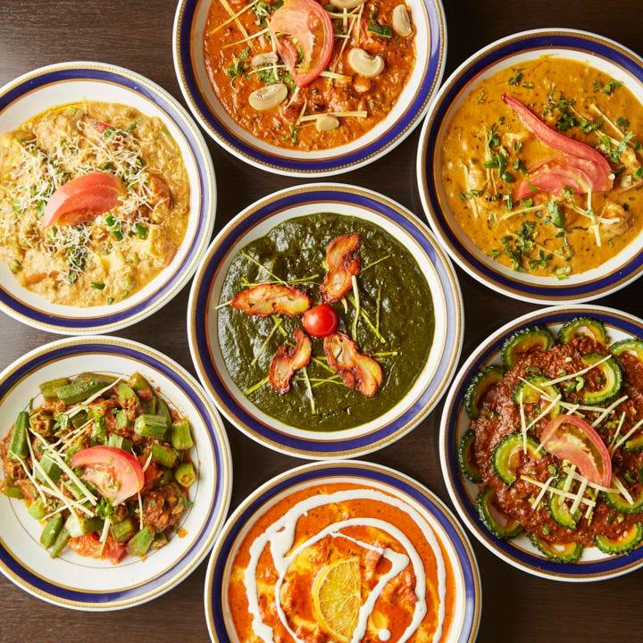 チキン、野菜、ラム、シーフード…カレーメニューは30種以上!