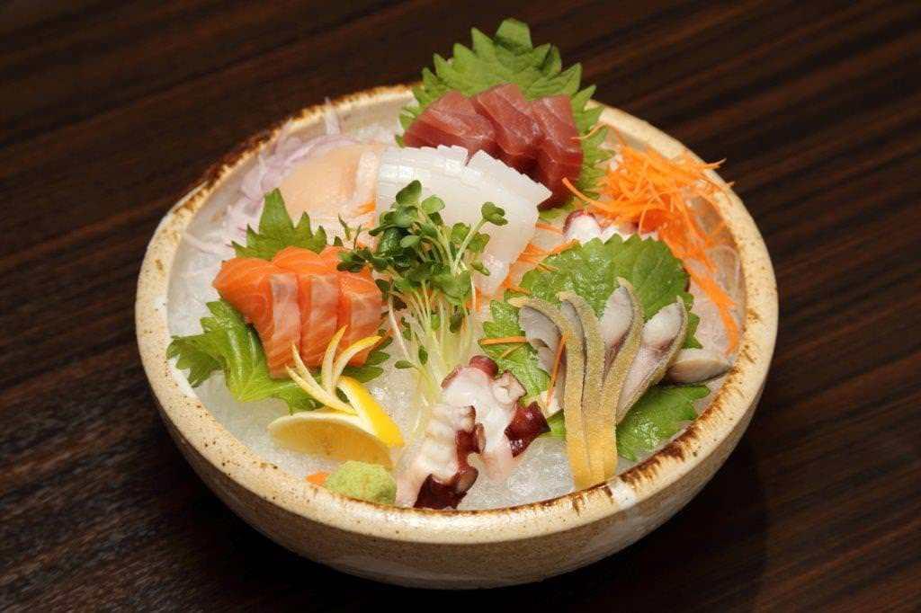 毎日仕入れる鮮魚のお料理