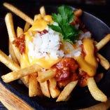 フライドポテト チリ&チーズ