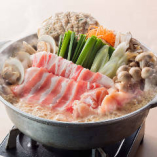 【贔屓屋名物】贔屓鍋 1人前890円(税抜)