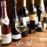 ワインは100種類常備!なんとALL1,900円(税抜)★