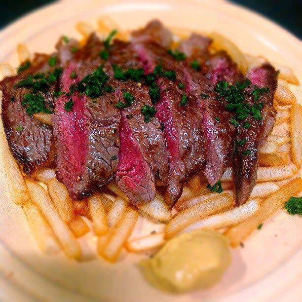 『牛ロース肉』のステーキフリット!