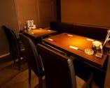ソファー席のあるテーブル席12席。ゆったりと飲みたい方に♪