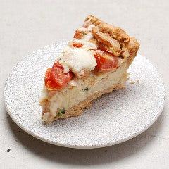 帆立とトマトとモッツァレラチーズのキッシュ