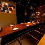 2名様から12名様まで、様々なご人数に対応する掘りごたつのお席。会社帰りのご宴会や、お仲間内の飲み会、ファミリーでのご会食などにもおすすめです