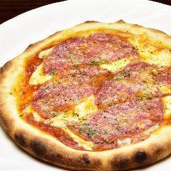 【手作りワンコインピッツァ】 ミラノサラミのせトマトピッツァ