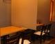 本館 カーテン仕切りのあるテーブル席