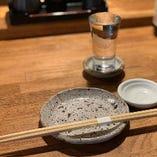 希少なプレミアム日本酒や各種地酒を取り揃えております!
