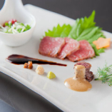 前菜にも和牛や神戸ビーフを使用
