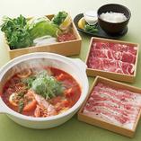 「トムヤムクンでラムとパクチー」食べ放題コース
