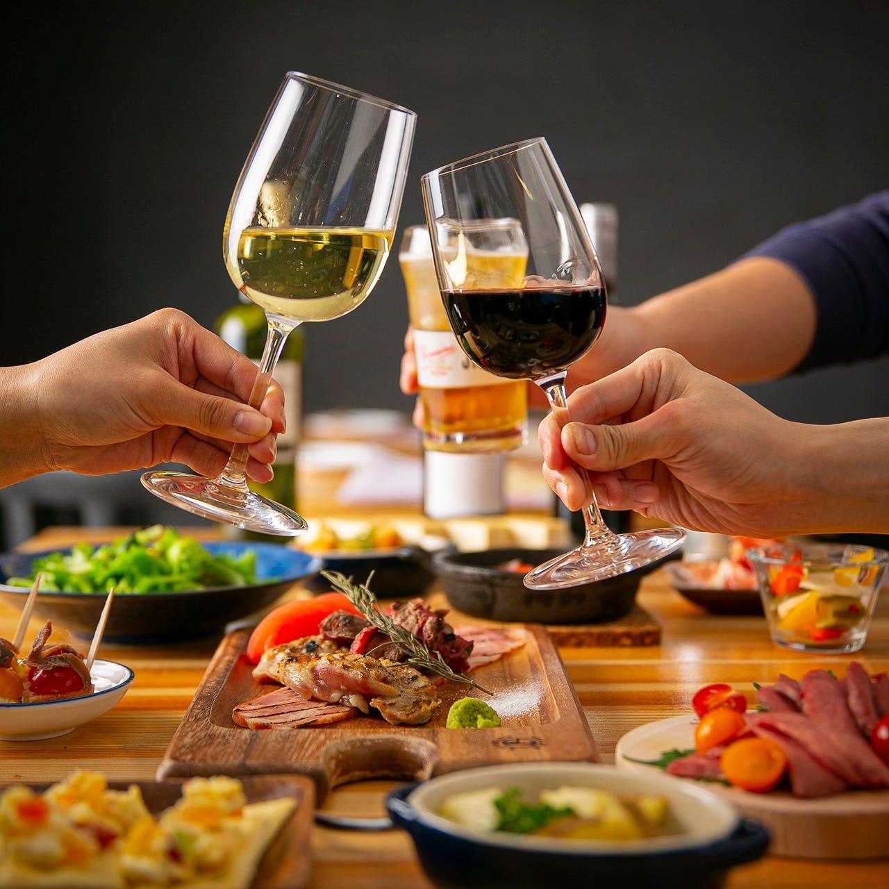 【時間無制限】時間を気にせずまったり『エンドレス飲み放題』ビールやハイボール、ワイン、日本酒など