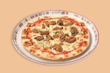 野菜ときのこのピザ