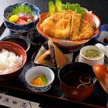 中華や和食、洋食までメニュー種類の多さには自信があります!