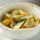 ポテトの石窯焼き Stone oven baked potato