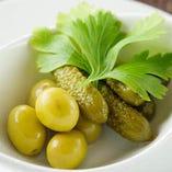 オリーブ+ピクルス Olive+Pickles