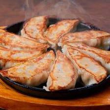 国産肉&国産野菜使用のこだわり餃子