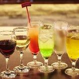 生ビールにハイボール、ワインに本格派カクテルなど幅広く取り揃えています。