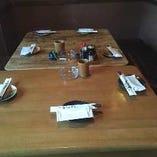 ○5名様:テーブル席×2