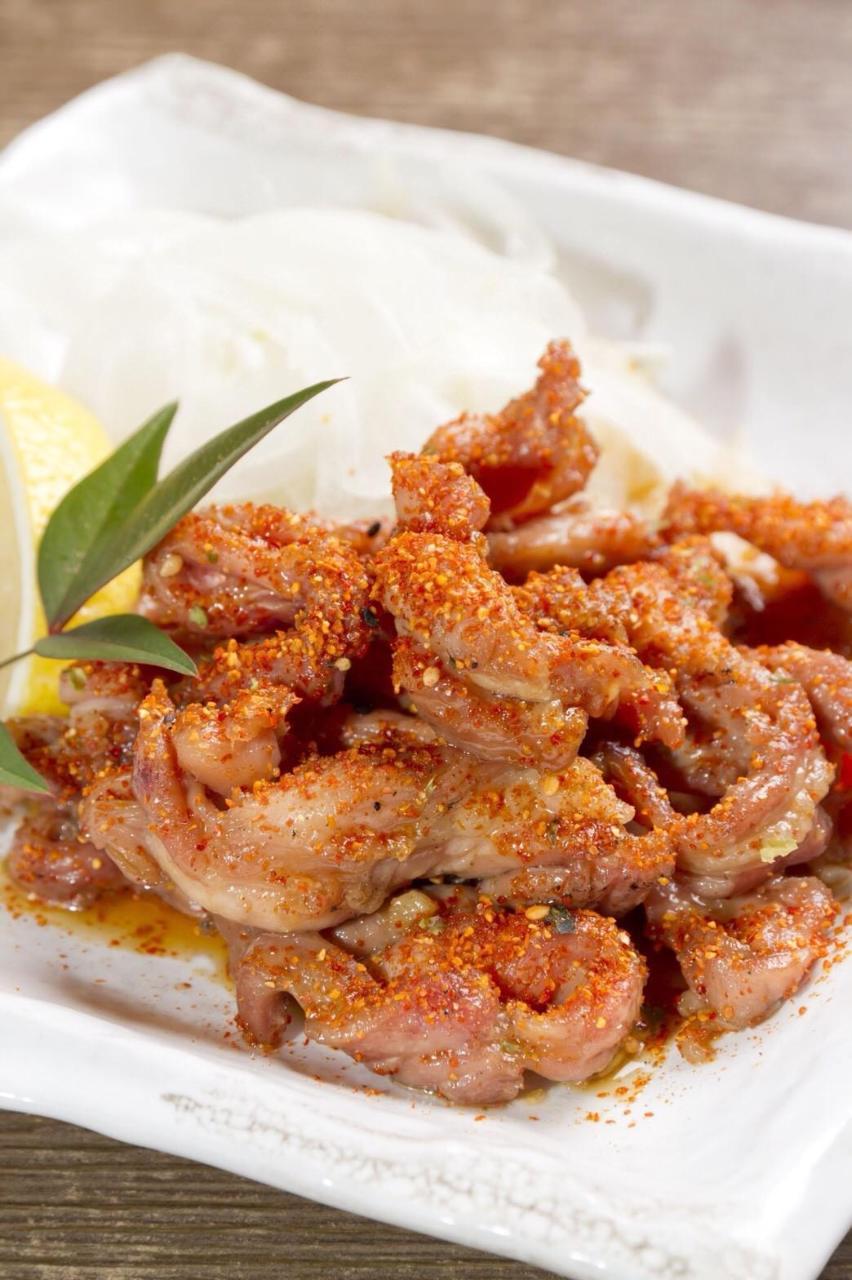 自家製のタレで甘辛くいためた鶏☆赤カルビ