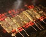 炭火でじっくり焼き上げる 鳥太郎の串焼き