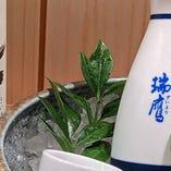多彩なワインに日本酒などドリンクは種類豊富にご用意しました