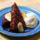 チョコレート・ジンジャーブラウニー バニラアイス