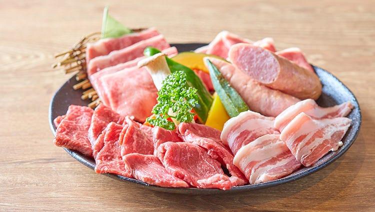 めんそ〜れ!焼肉と沖縄の味を満喫!