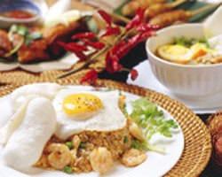 ピリ辛!インドネシアの焼き飯ナシゴレン。