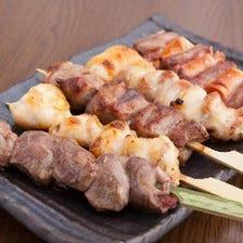 鮮度抜群国産豚もつ串・青森産鶏串
