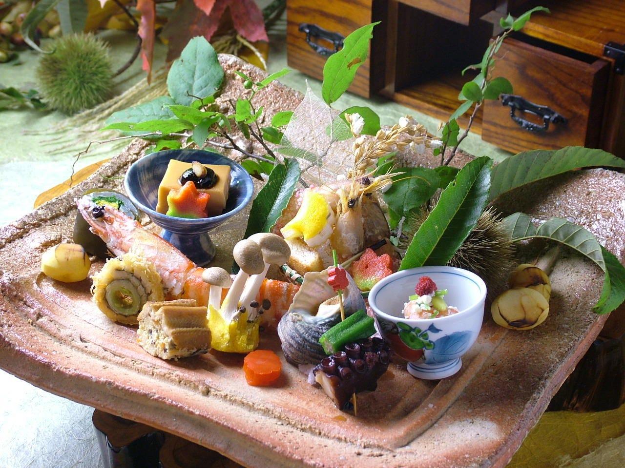 秋色の候・吹き寄せ前菜