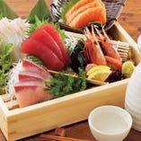 旬を味わえる新鮮なお刺身【季節の鮮魚】