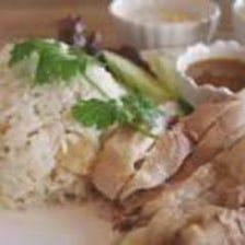 カオマンガイ/蒸し鶏と炊き込みご飯